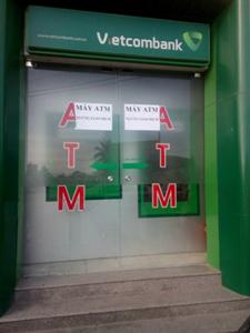 ATM của Vietcombank bị nhóm người nước ngoài phá, trộm 1,4 tỷ đồng